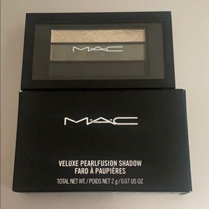 MAC pearl fusion shadow